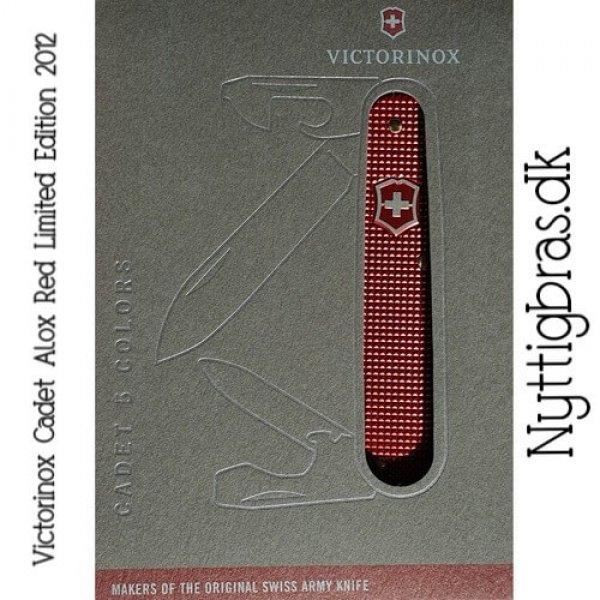 Visning af foldekniven Victorinox Cadet Alox Rød Ltd. Ed.
